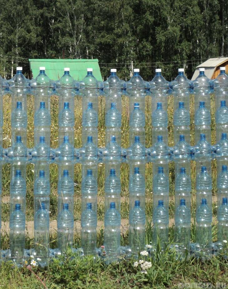 Дача пластиковые бутылки фото